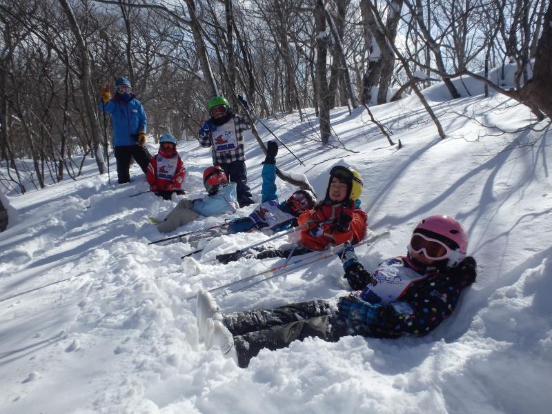 スキー子どもの日 小中学生のお子様がお得に遊べる月に一度のイベントです。